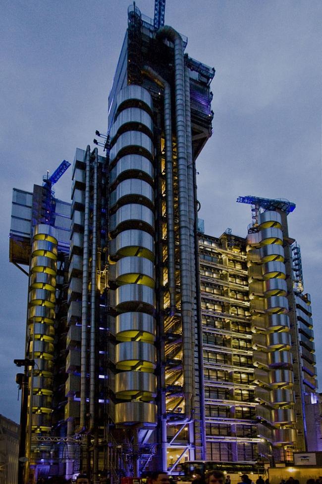 Здание Lloyd's. Фото: Lloyd's of London via Wikimedia Commons. Лицензия CC-BY-2.5