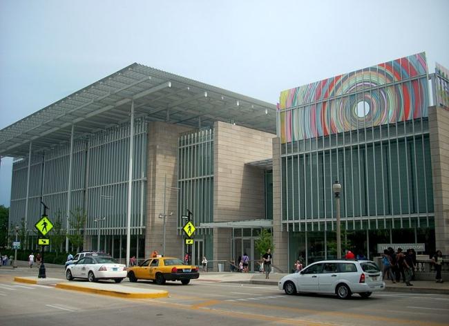 Современный корпус Чикагского Института Искусств. Фото: Fetchcomms via Wikimedia Commons. Лицензия CC-BY-SA-3.0