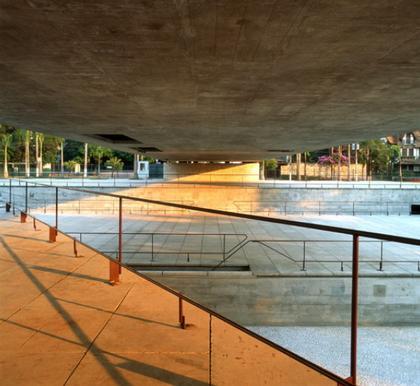 Бразильский музей скульптуры в Сан-Паулу (1988)