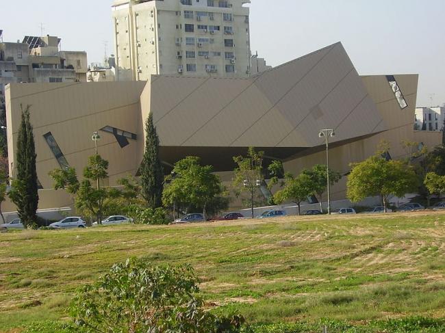 """Центр Воль. Фото: ד""""ר אבישי טייכר via Wikimedia Commons. Лицензия CC-BY-2.5"""
