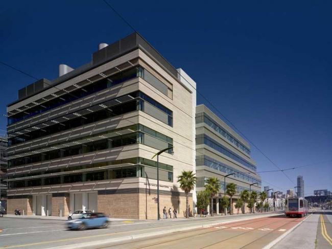 Центр исследования рака Хелен Диллер Университета Калифорнии. Photo: Brad Feinknopf