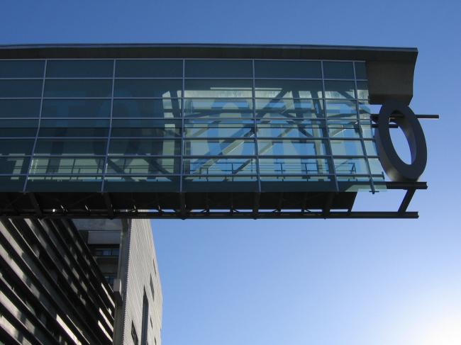 Аспирантский корпус Университета Торонто. Фото: Simon Law via flickr.com. Лицензия CC BY-SA 2.0