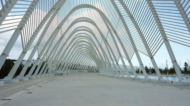Олимпийский спортивный комплекс. Фото: Spyrosdrakopoulos via Wikimedia Commons. Лицензия CC-BY-SA-3.0