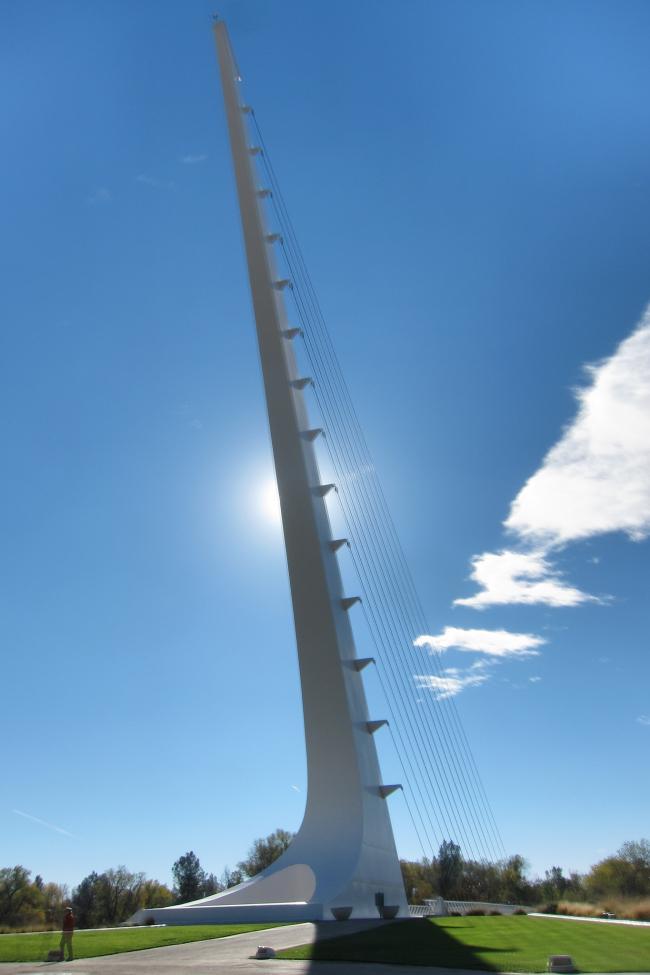 Мост «Солнечные часы». Фото: Arsenio Santos via flickr.com. Лицензия CC BY 2.0