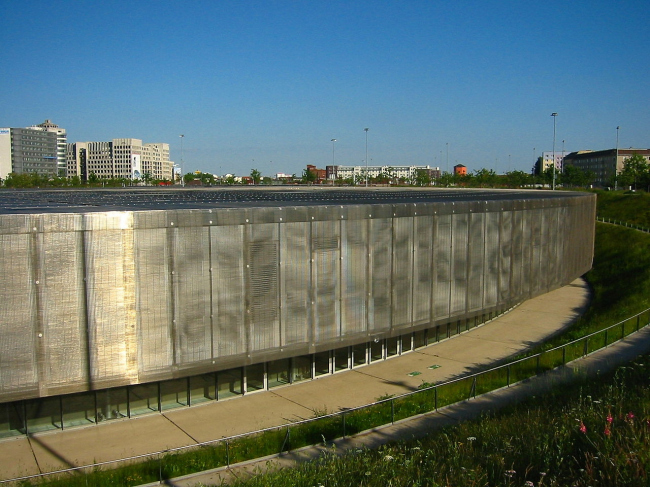 Олимпийский велодром и бассейн. Фото: Andreas Steinhoff via Wikimedia Commons