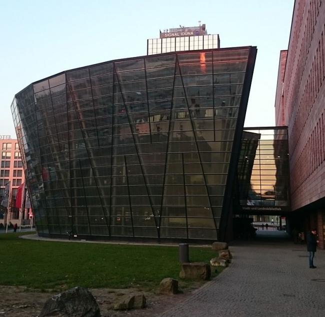 Городская библиотека Дортмунда. Фото: Klaus Graf via Wikimedia Commons. Фото находится в общественном доступе
