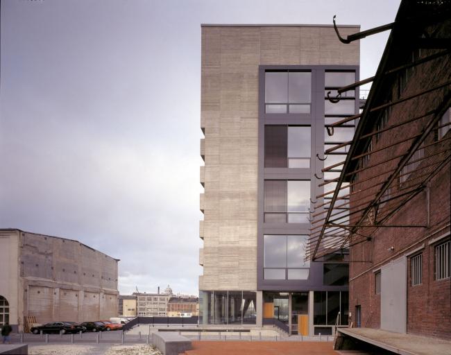 Здание с офисами и студиями Kaistrasse 16 © David Chipperfield Architects