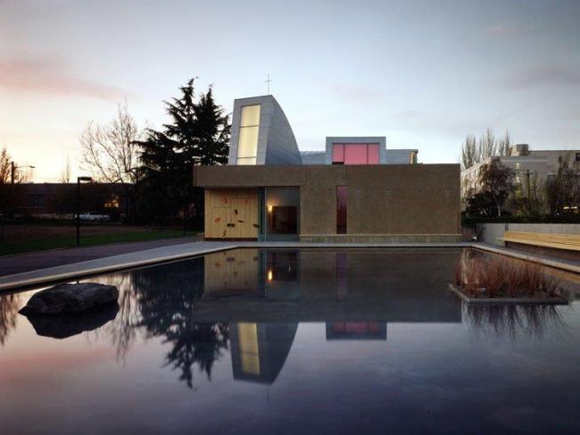 Капелла Св. Игнатия в Университете Сиэтла © Paul Warchol