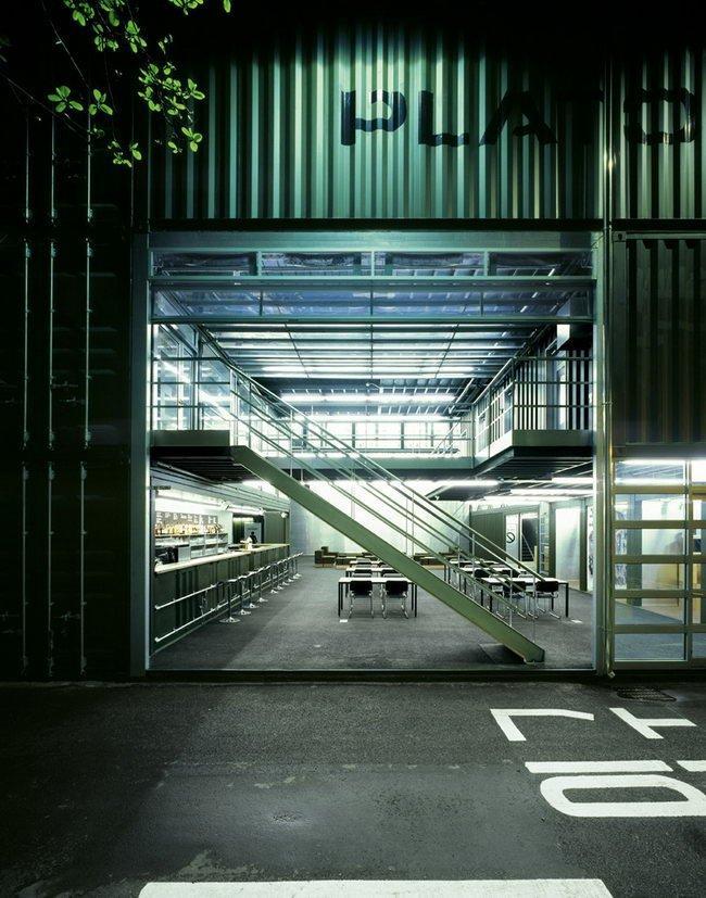 Центр Platoon Kunsthalle. Боковой вход © GRAFT