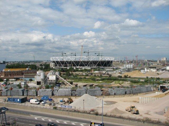 Олимпийский стадион 2012 в процессе строительства. Июль 2009