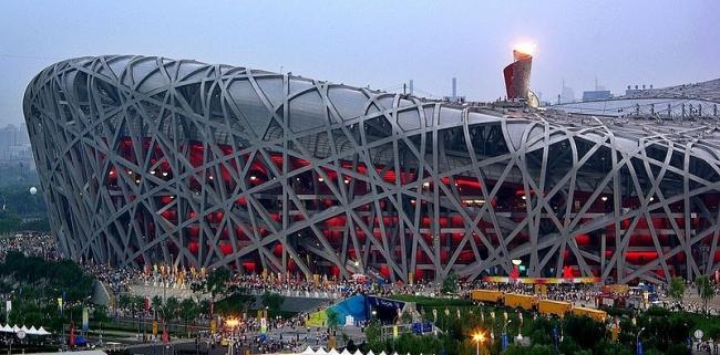 Национальный Олимпийский стадион. Фото: 东林 via Wikimedia Commons. Лицензия CC-BY-2.5-CN