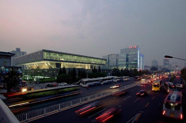 Национальная библиотека Китая – новый корпус © Hans Schlupp