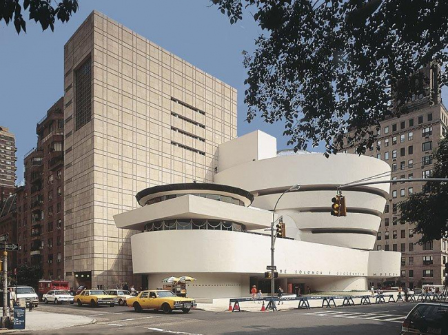 Новый корпус Музея Гуггенхайма в Нью-Йорке. 1992