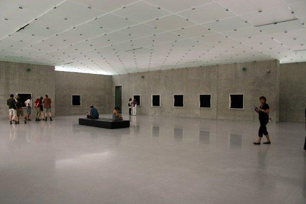 «КУБ», Петер Цумтор, 1997, Брегенц. Экспозиционный зал. Фото: Марина Игнатушко