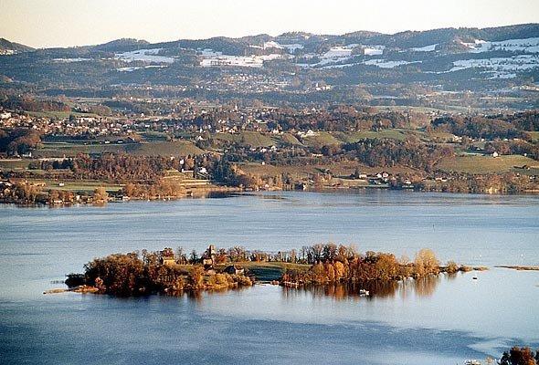 Остров Уфенау