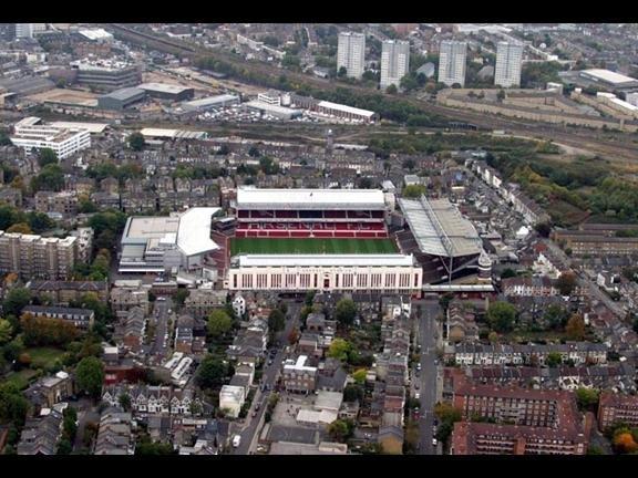 Стадион «Хайбери» до реконструкции