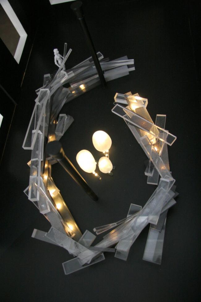 Экспозиция изделий из серебра «Сорочье гнездо». Фото макета