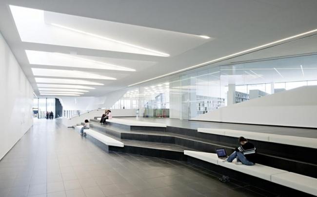 Университет прикладных наук «FH Campus Wien». Фото © Hertha Hurnaus