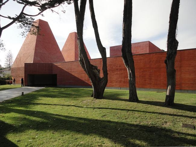 Дом историй - Музей Паулы Рего. Фото: Manuelvbotelho via Wikimedia Commons. Лицензия CC-BY-SA-3.0