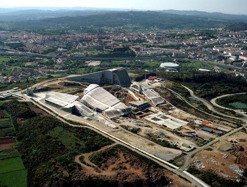 Город Культуры Галиции, Сантьяго-де-Компостела, Испания Архитектор Питер Айзенман, Строительство, 2009 год Фото © Paisajes Españoles © Fundación Cidade da Cultura de Galicia