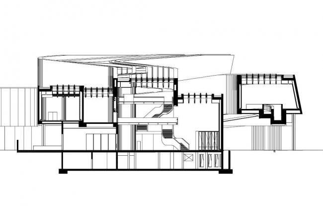 MAXXI – Национальный музей искусства XXI века. Разрез главного вестибюля ©  Zaha Hadid Architects