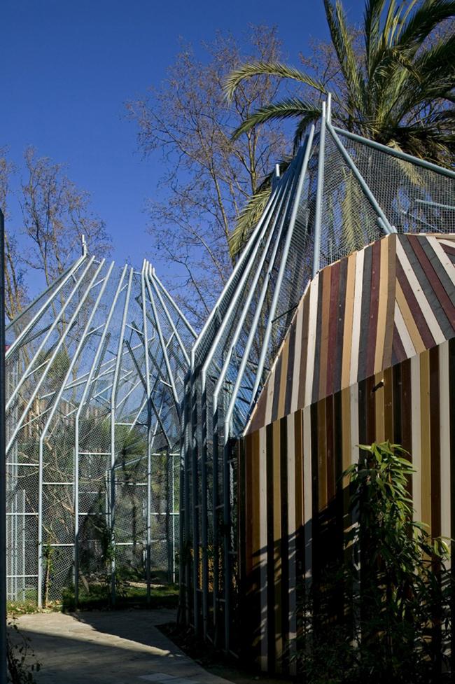"""Проект – победитель раздела """"Display"""" (Экспозиция) – Вольеры для попугаев. Проект бюро """"Batlle & Roig Architects"""", Испания. Фото: Eva Serrats"""