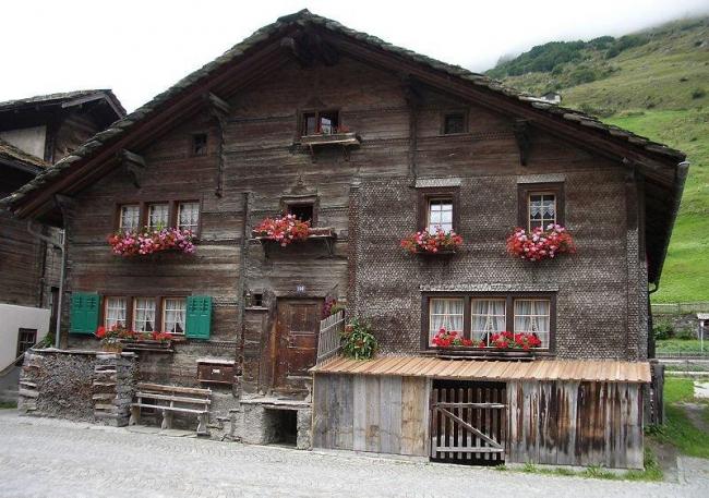 Традиционный дом в Вальсе