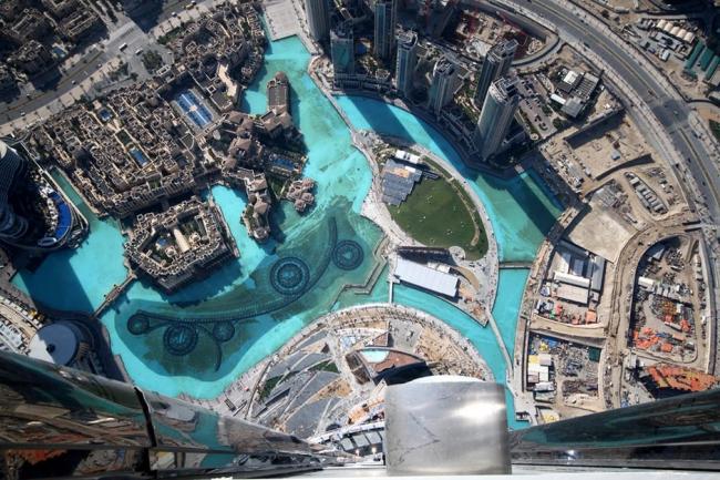 Бурж Халифа. Вид со смотровой площадки на 124-м этаже. Фото © Imre Solt