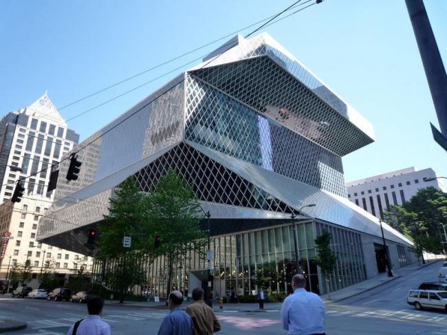 Рем Колхас. Центральная библиотека Сиэтла. Общий вид. Фото: Bobak Ha'Eri via Wikimedia Commons. Лицензия CC-BY-3.0