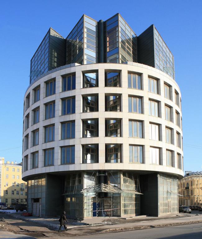 Office building on Telezhnaya street