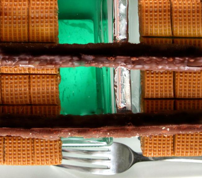 Дома из еды – фотографии Марины Игнатушко. Дом – «Паровозик»