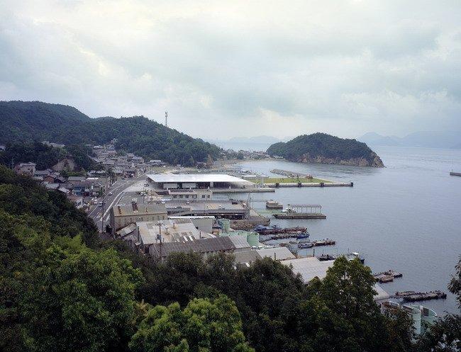 Терминал парома в Наосима. 2006. Photos by Hisao Suzuki, Courtesy of SANAA