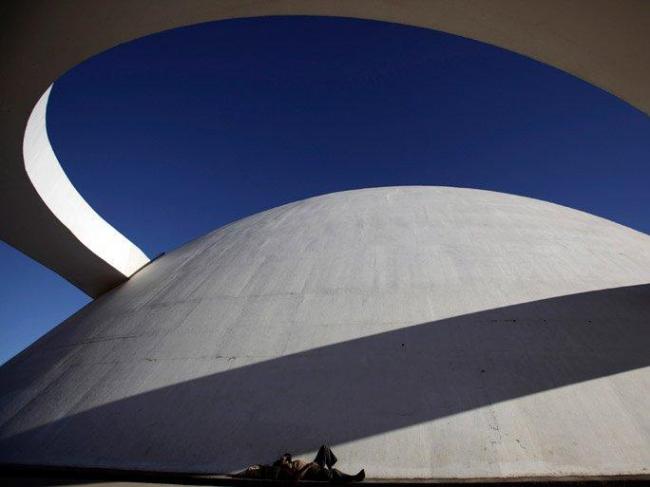 Национальный музей. Архитектор Оскар Нимейер. 2006