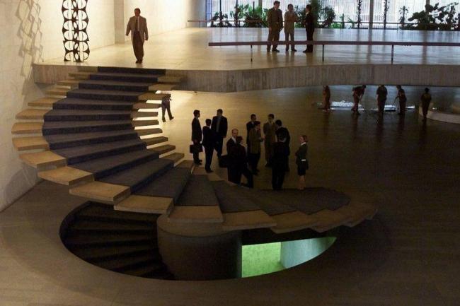 Интерьер Министерства иностранных дел. Архитектор Оскар Нимейер. 1970