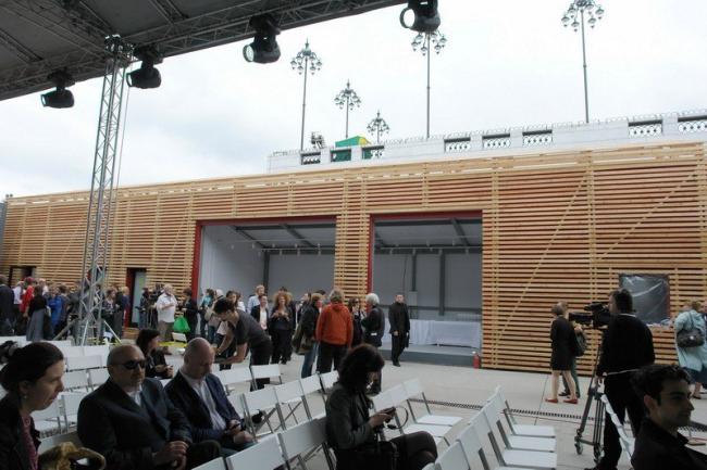 Институт медиа, архитектуры и дизайна «Стрелка». Внутренний двор. Фото Нины Фроловой