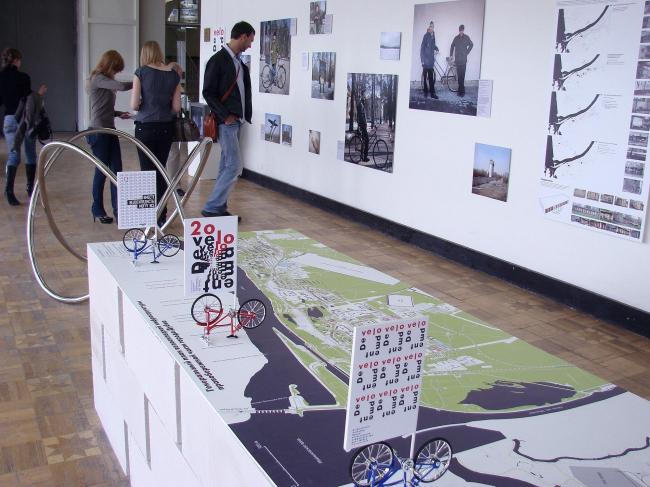 Проект развития велосипедной инфраструктуры Дубны. Почти как в Крапивне: опрос населения, проекты очаровательных вело-гаражей и вело-парковок.