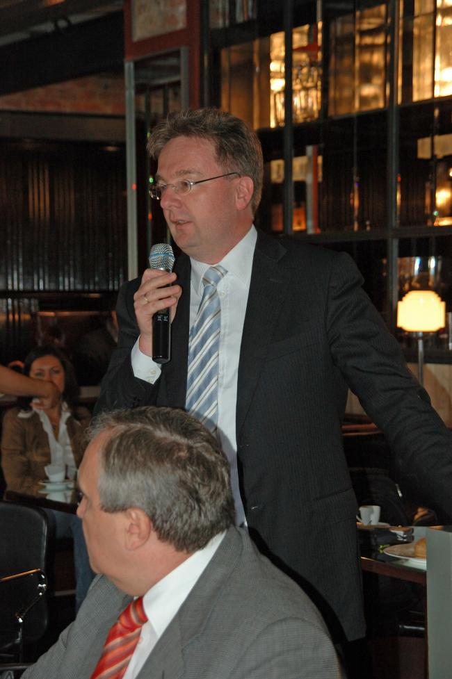 Майкл Раутеркус, компания Grohe, выступившей партнером Завтрака архитектора. Фотография Елены Петуховой