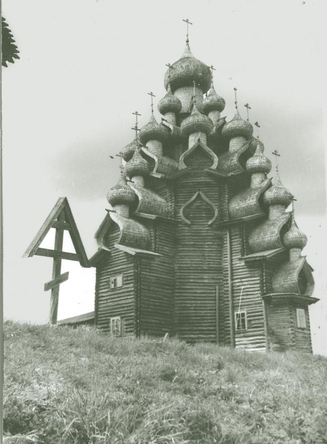 Преображенская церковь в Кижах. Фотография с сайта ru.wikipedia.org
