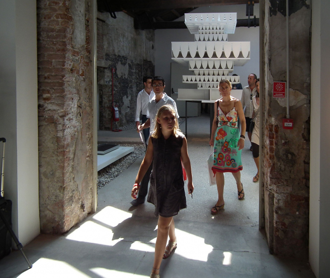 Валерио Олджати (Швейцария). Персональная экспозиция в зале №14. В центре макет проекта Пермской галереи