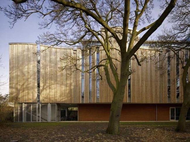 Новое здание гербария и библиотечное крыло ботанического сада Кью. Фото © Tim Soar