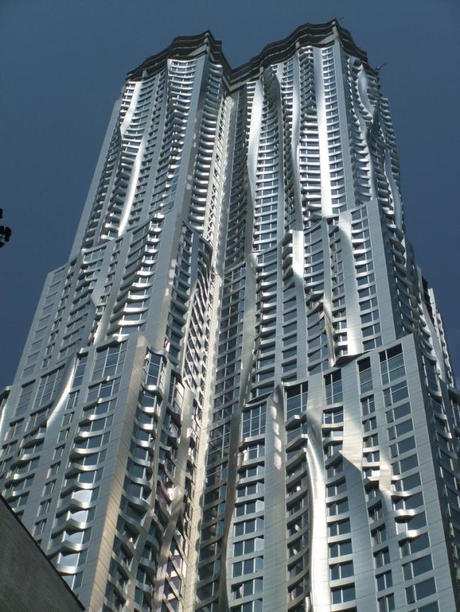 Башня «Бикман Тауэр» в процессе строительства. Фото Gretchen via flickr.com. Лицензия CC BY 2.0