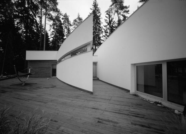 Индивидуальный жилой дом с комплексом строений «Николина  Гора»