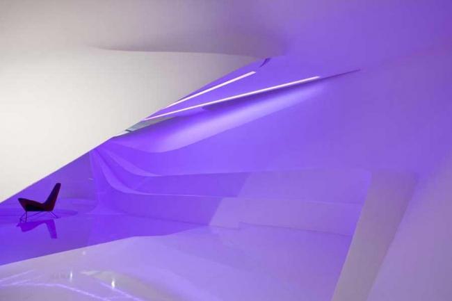 Павильон Youturn на 29-й художественной биеннале в Сан-Паулу. Фото © Ding Musa