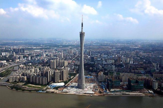 Телевизионная и смотровая башня Гуанчжоу