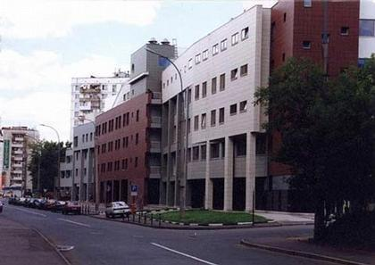 Административное здание на Рочдельской улице