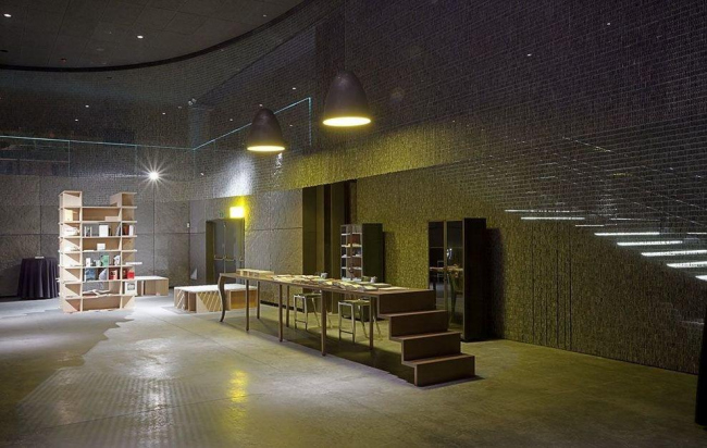 Культурно-развлекательный центр Alhondiga Bilbao. Фото © Francisco Berreteaga