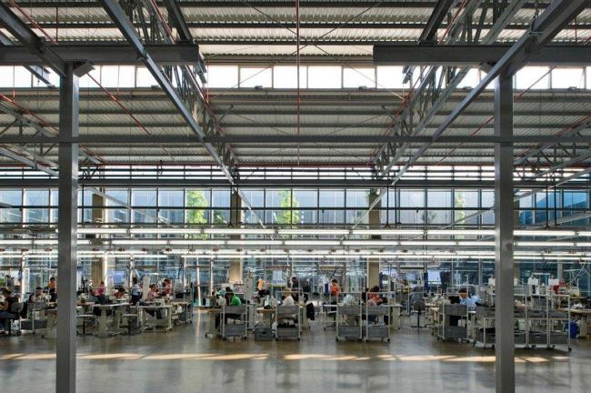 Фабрика «Ipekyol» в Эдирне бюро EAA - Emre Arolat Architects