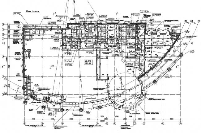 Общественно-административное здание с офисными помещениями. План 1-го этажа © Архитектурная мастерская Павла Андреева