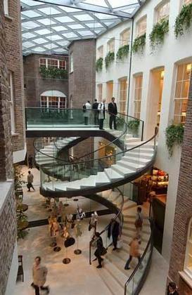 Магазин фирмы Asprey в Лондоне по проекту Нормана Фостера