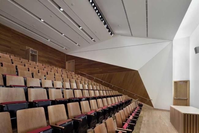 Северо-западный угловой корпус Колумбийского университета © Michael Moran Studio